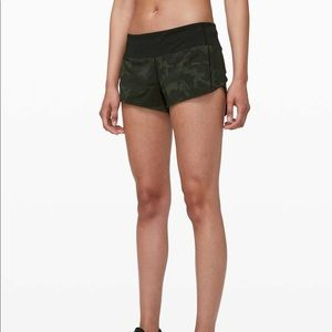 """Speed Up Low Rise Short 2.5"""" *Lined size 8"""